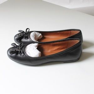 NWOT Coach Black Leather Ballet Flats with Bows